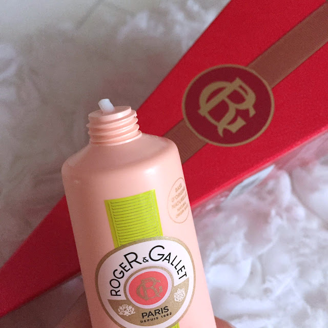 Roger And Gallet Fleur De Figuier Hand And Nail Cream