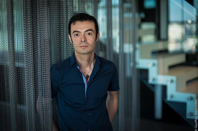 Fundador do Orkut reflete sobre autenticidade no mundo real e online