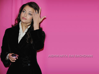 Aishwarya Bachchan In Black Coat Pant 3