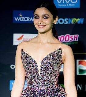 Alia Bhatt Hot Photo