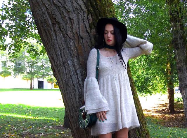 fashion, moda, look, outfit, blog, blogger, fashionblogger, walking, penny, lane, style, estilo, streetstyle, chic, romantic, cool, trendy, boho, hat, babydoll, dress, ropa, garment, cloth, free, people, handmade, artesanal, zara, hym