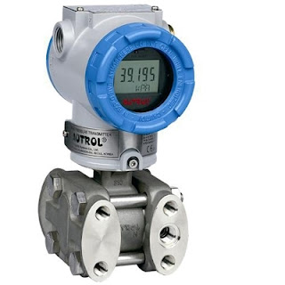 Smart pressure transmitter for industrial process measurement and control
