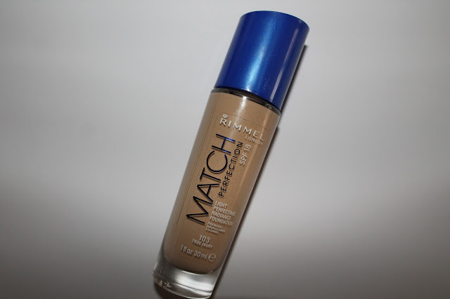 "Swatchs Fond de Teint ""Match Perfection"" Rimmel 103 True Ivory"