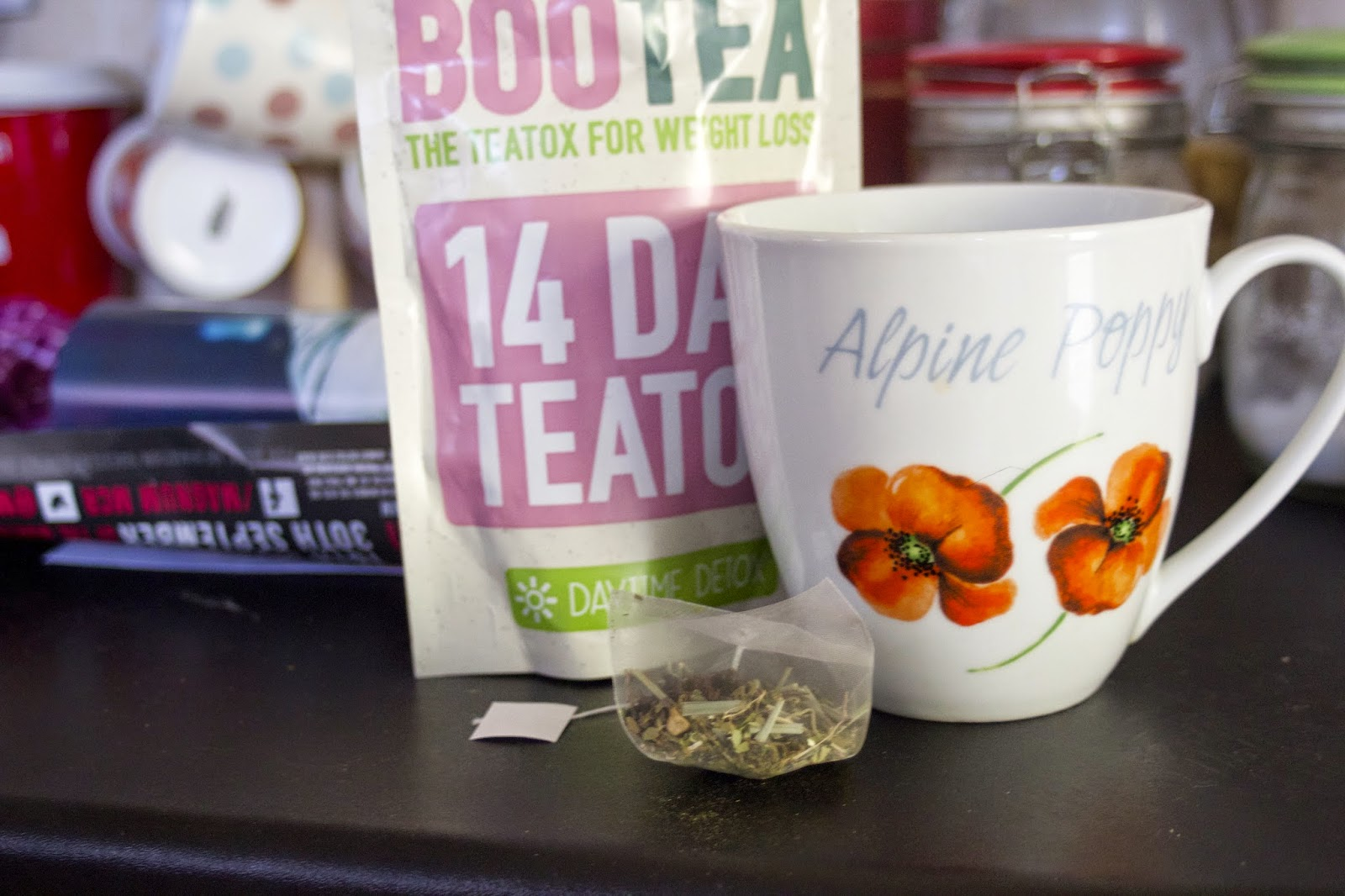 http://www.cocotulips.com/2014/09/bootea-14-say-teatox-my-initial-thoughts.html