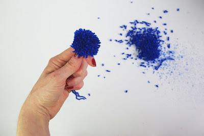 Pompoms (Bommel) mit den Fingern machen