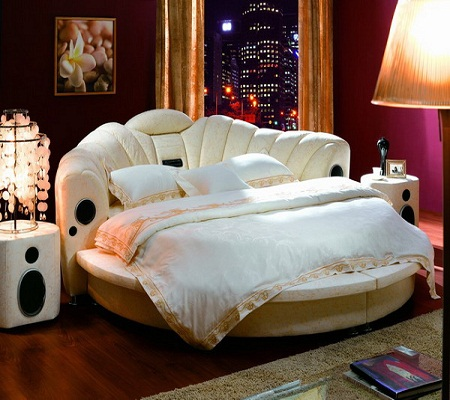 Excellent Home Design: Strength Of A Round Bedroom Appeal