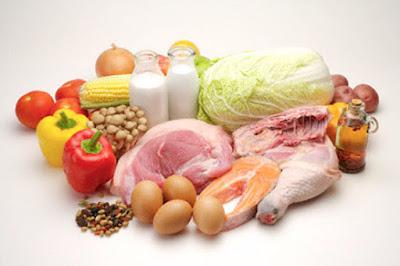 Không dùng những thức ăn có chứa nhiều gia vị