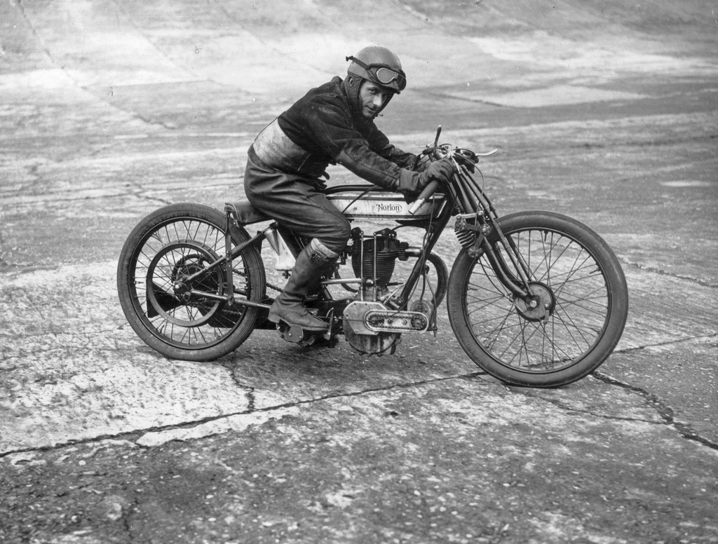 Can not vintage race motorcycle