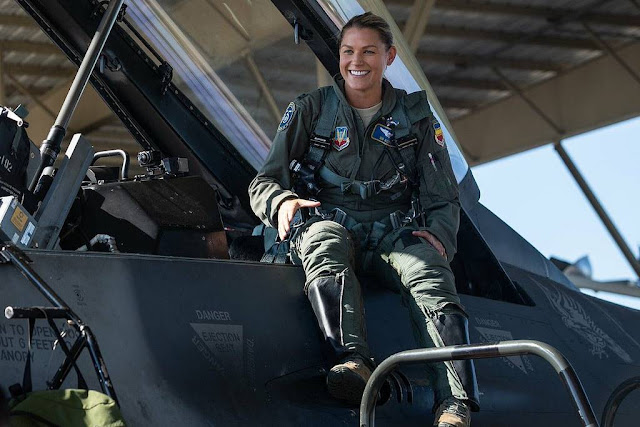 First female viper pilot relieved command