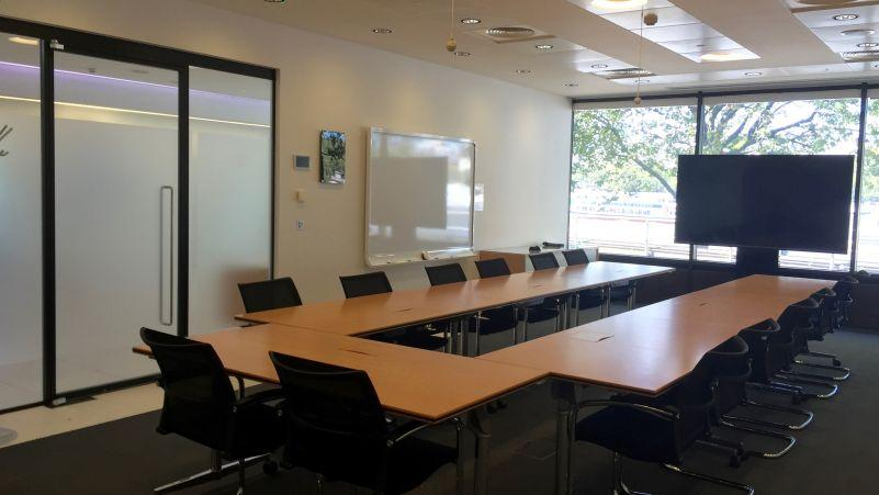 Imperative Conference Room Facilities Must Have In Corporate Event!