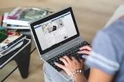 What is Facebook? Facebook kya hai ? फेसबुक क्या है ? [ In हिन्दी]