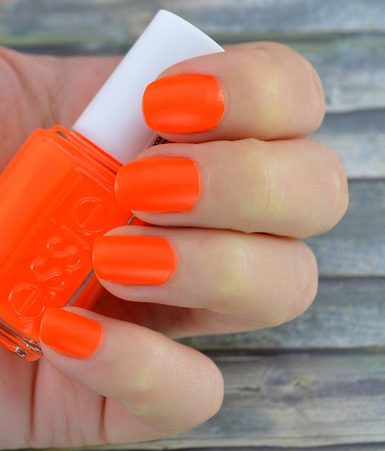 "Essie ""mark on miami"" Tragefoto"
