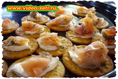 How To Make Smoked Salmon Canapes