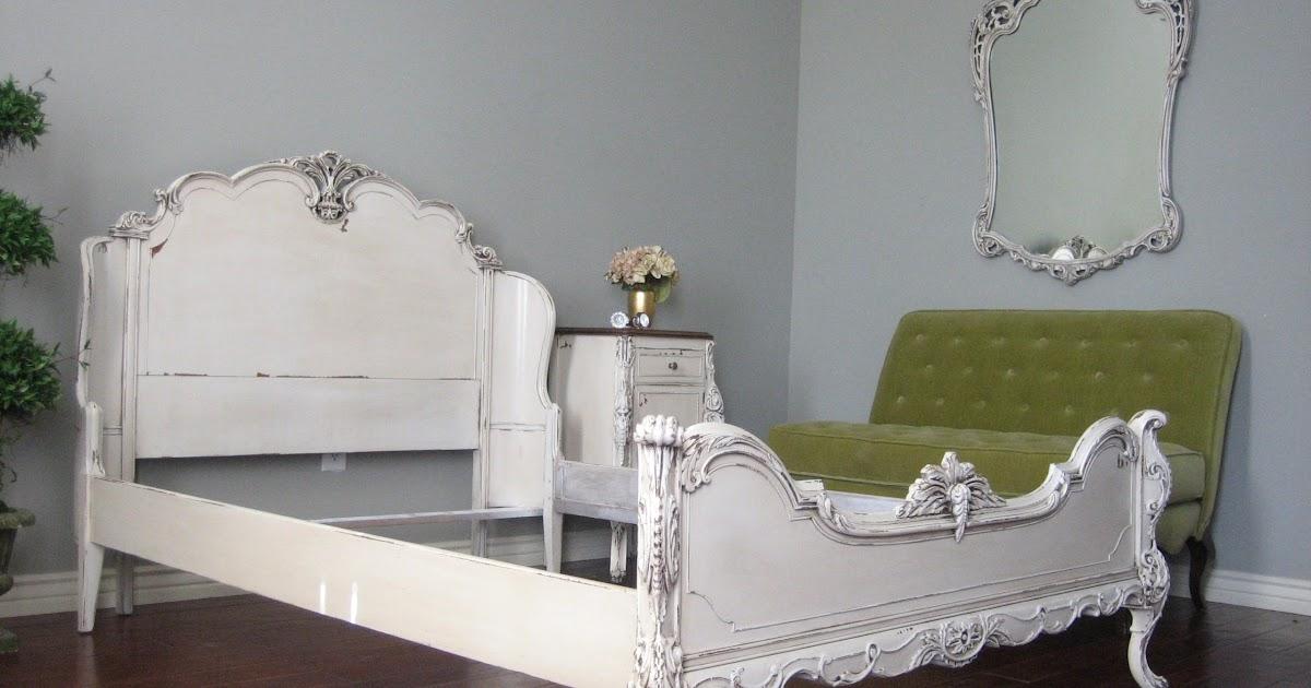 European Paint Finishes: Ornate Bedroom Set