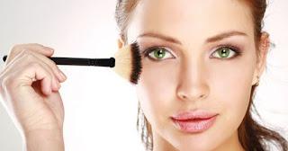 Perlu Anda Waspadai Kesalahan Fatal Gunakan Make-up yang Dapat Membahayakan Kesehatan