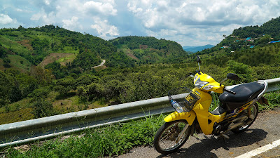 On the way to Mae Salong