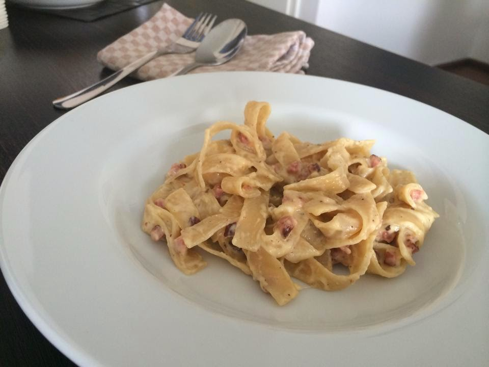 Le Chef: Pasta Carbonara by Livinglove