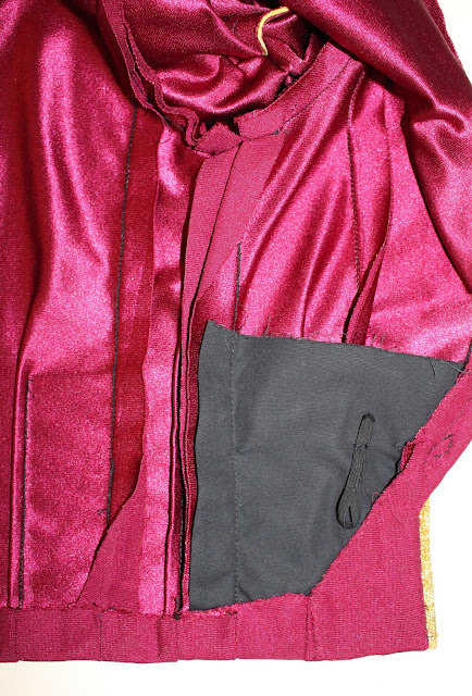 TNG season 1 admiral jacket - seam allowances