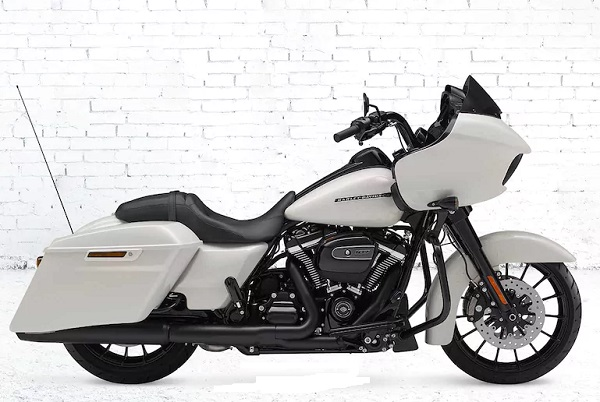 Harley Davidson Touring road glide special accessories, windshield,gear box, bagasi,