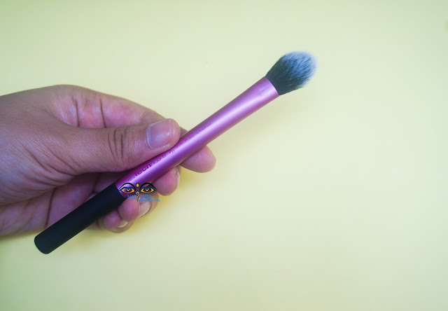 review-real-technique-setting-brush-concealer-powder-highlighter