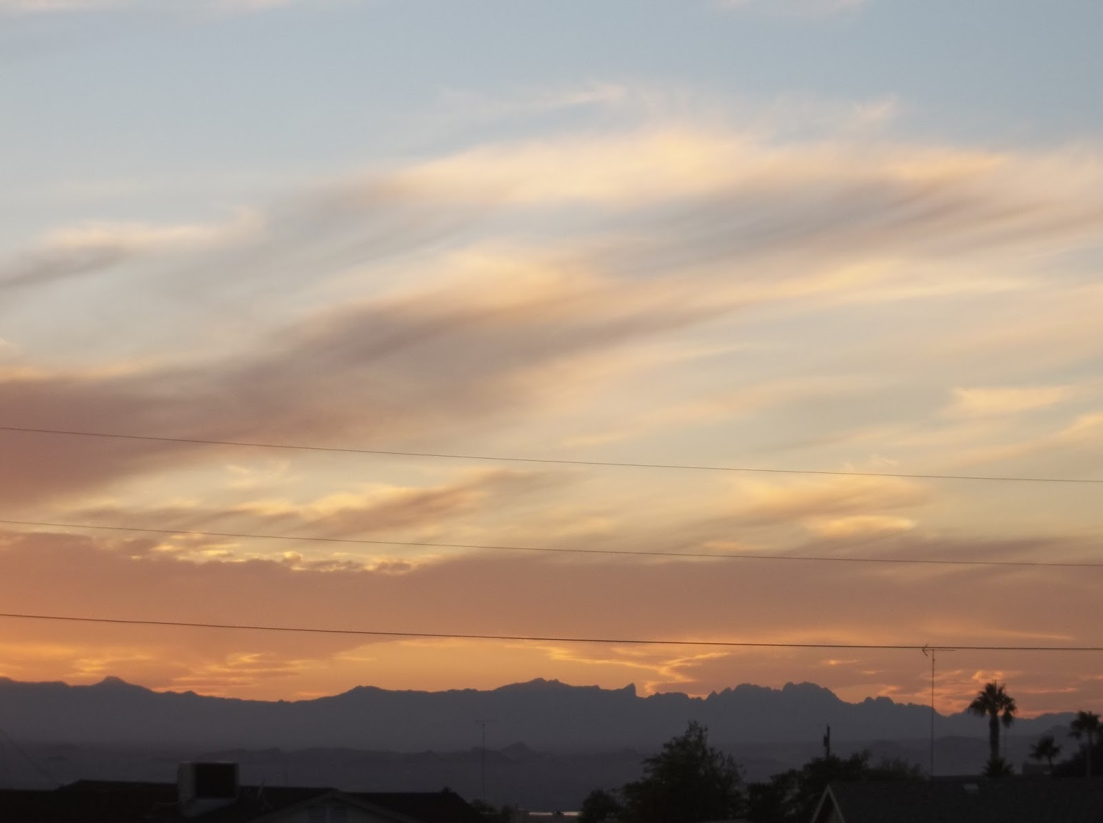 desriptive essay arizona sunset 2018-06-12 this section is from the book a library of wonders and curiosities found in nature and art, science and literature, by i platt also available from amazon: a library of wonders and curiosities in 1618, the town of fleurs.