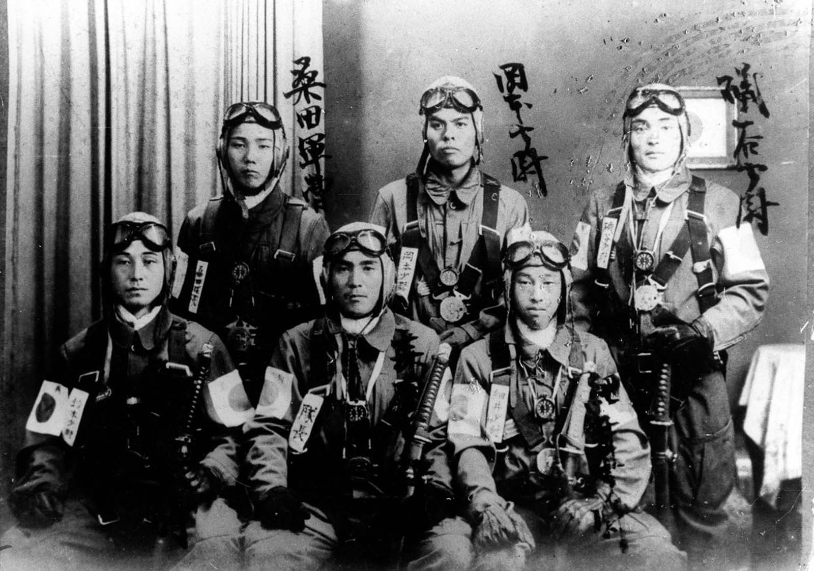 Bomber pilots who participated in the attack on Pearl Harbor.