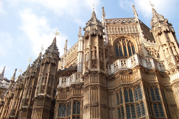 've Feeling ' In Iowa Anymore. Westminster Abbey And House Of Parliament