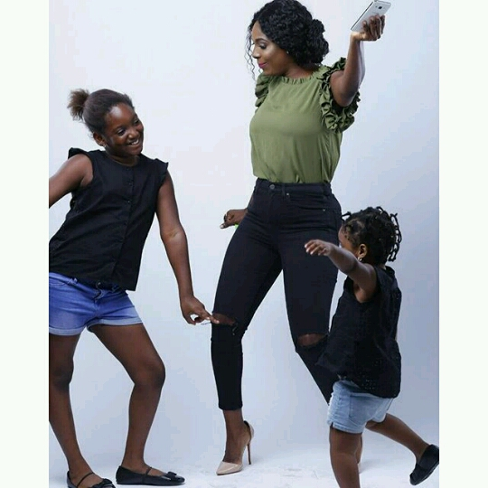 20160428_042745_EZRepost Photos: Annie Idibia Shares Photo Of Her Daughters
