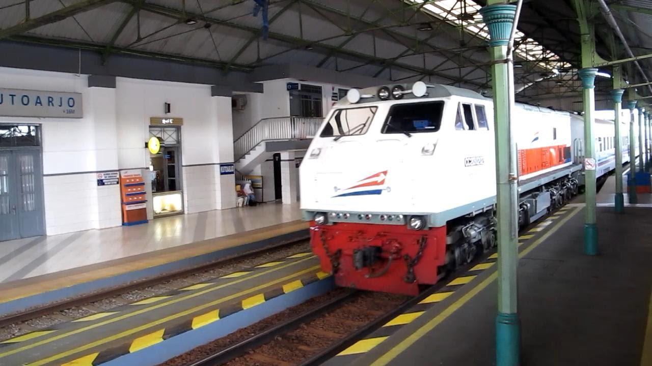 Kereta Bandung-Jakarta