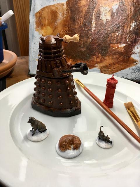 3D Printed Dalek, dogs, cat, and British Post Box via foobella.blogspot.com