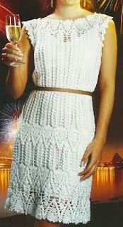 http://crochetemoda.blogspot.com.es/2013/11/vestido-branco-de-crochet_22.html