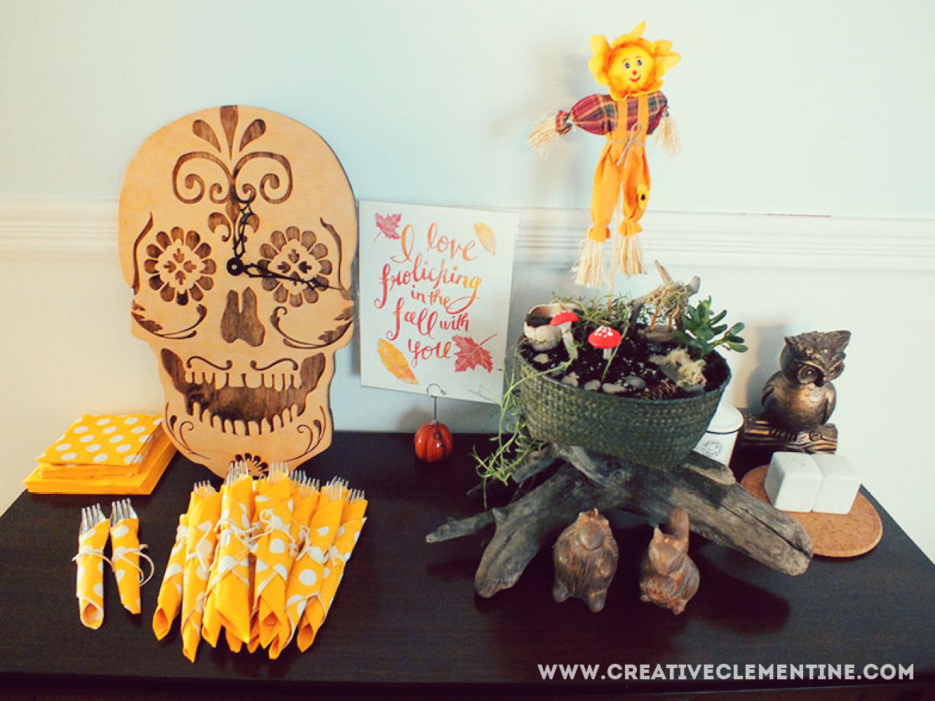 Thanksgiving side table. creativeclementine.com