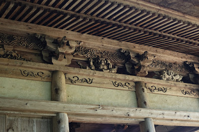 高野山真言宗 光輪寺(こうりんじ)金剛力士像の彫刻?