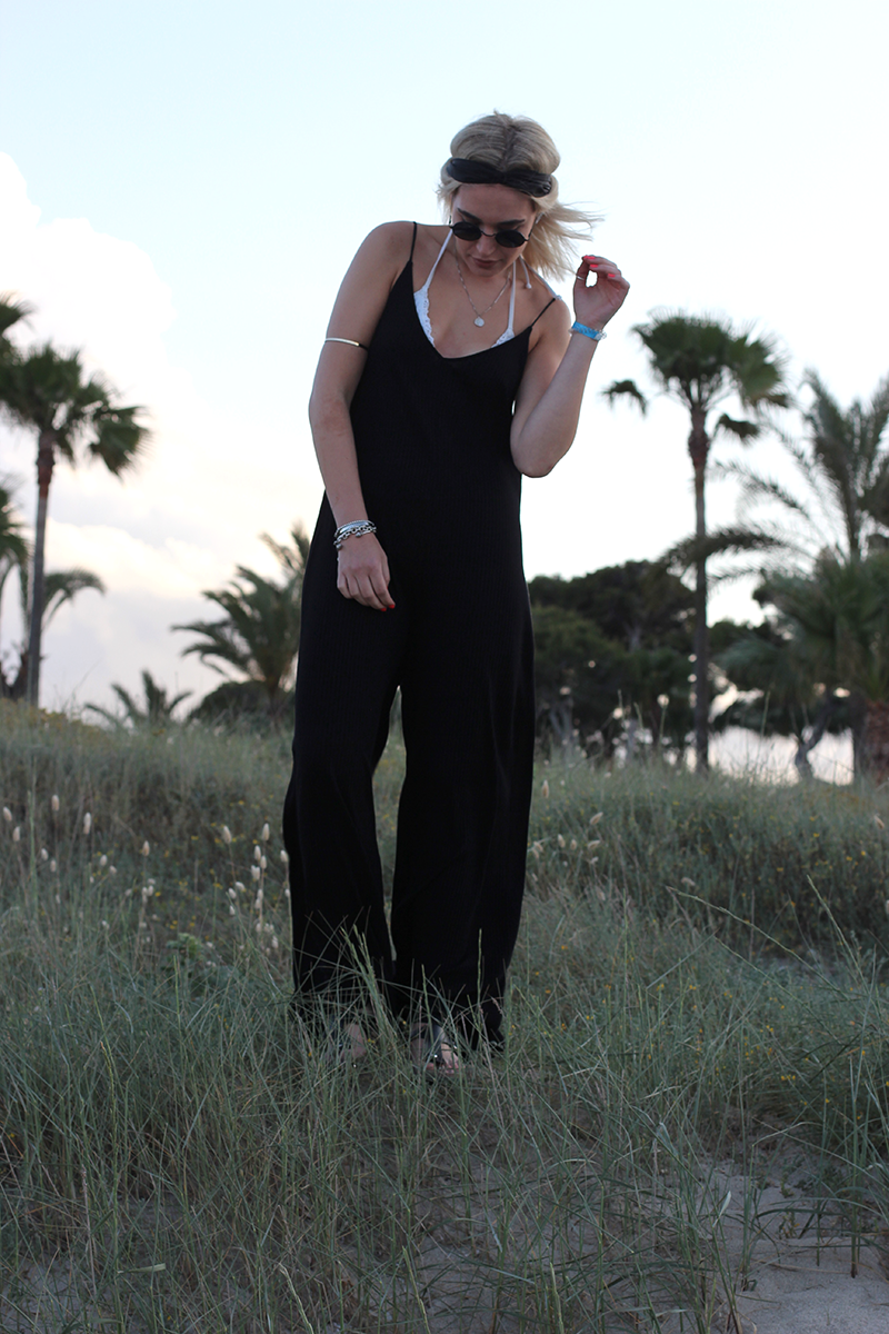 Blogger-Modeblog-Modeblogger-Style-ootd-Outfit-Mallorca-Urlaub-Zara-Jumpsuit-Streetstyle-Look-Lookbook-Mode-Fashion-Munich-Muenchen-Deutschland-Lauralamode