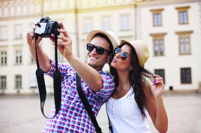 Ada Kampus Khusus Selfie di Inggris, Untuk Kamu Yang Suka Selfie