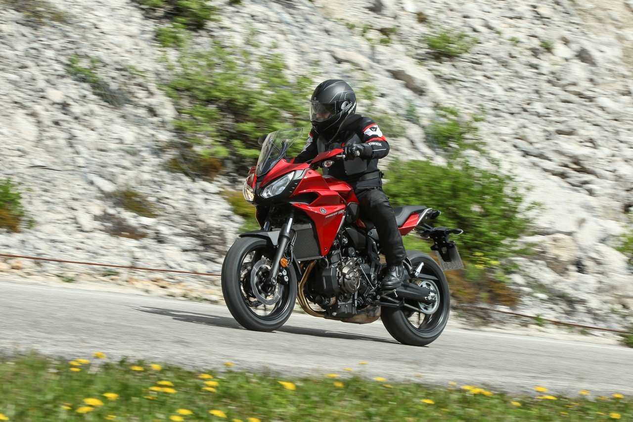 yamaha tracer 700 review unbeatable mix real riders. Black Bedroom Furniture Sets. Home Design Ideas