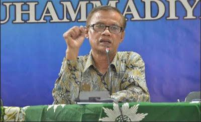 Ketua Umum Pimpinan Pusat Muhammadiyah, Haedar Nashir mengatakan dunia pendidikan bisa menjadi solusi kesenjangan budaya yang sedang terjadi di masyarakat, khususnya generasi muda dengan perkembangan orientasinya menggerus nilai-nilai rohani, moral dan sosial.