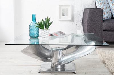 nabytok, stolík so sklom.