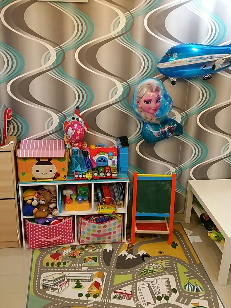 Main Di Ruang Mainan Tamu Maklumlah Rumah Comel Lote Je Kan Apa Pun Alhamdulillah Sbb Selesa Dekat Dengan Mak Tempat Kerja P