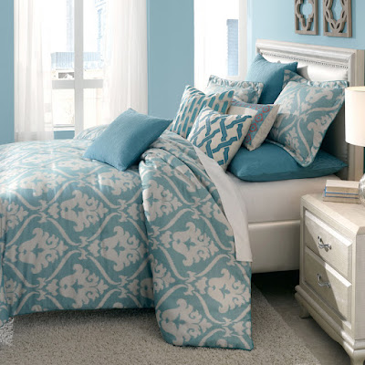 Michael Amini Tucson Bedding