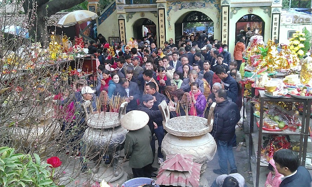 10 interesting festivals on the first lunar month in the north of Vietnam 11