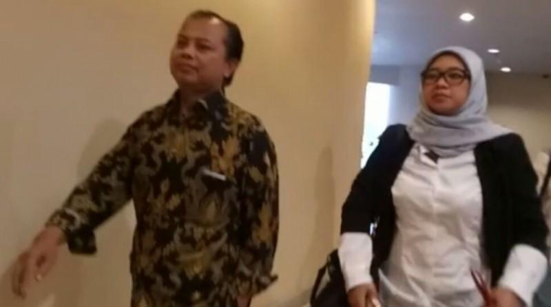Sumarno dan Dahliah Umar menghadiri rapat internal tim pemenangan Ahok-Djarot