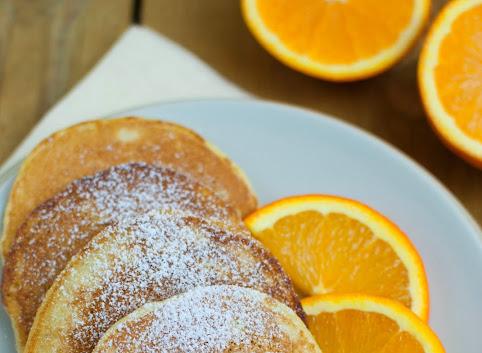 Śniadaniowo mi #11: Pomarańczowe placki z kaszy manny