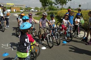 Actividaddes infantiles en el Parc Ciclista Sant Boi