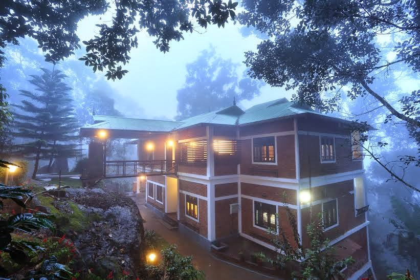 honeymoon cottages in munnar, madhumanthra resort in munnar