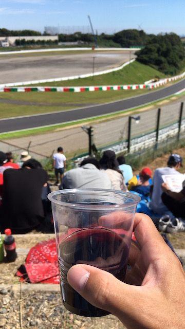 F1日本グランプリ2017 赤ワインを飲みながらの観戦