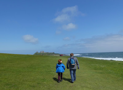 Craster to Dunstanburgh Castle | a four mile walk with kids