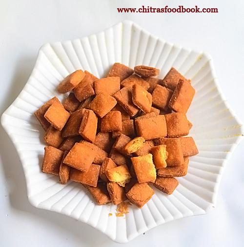 wheat flour shakkarpara