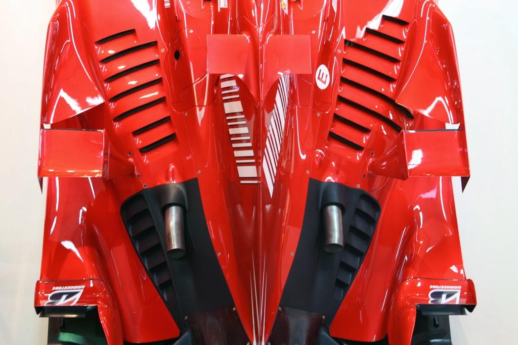 janex - Vidrados no cavalinho - Enzo Ferrari, uma paixão toda italiana.
