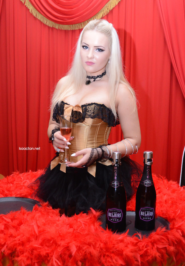 One of the pretty ladies at Soju Bar that night, showcasing the Luc Belaire Rare Rose champagne
